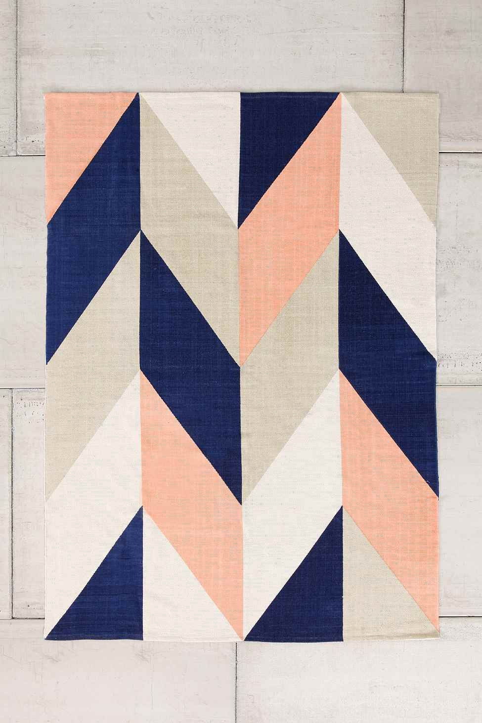 Chevron Flip Rug In Peach From Urbanouters
