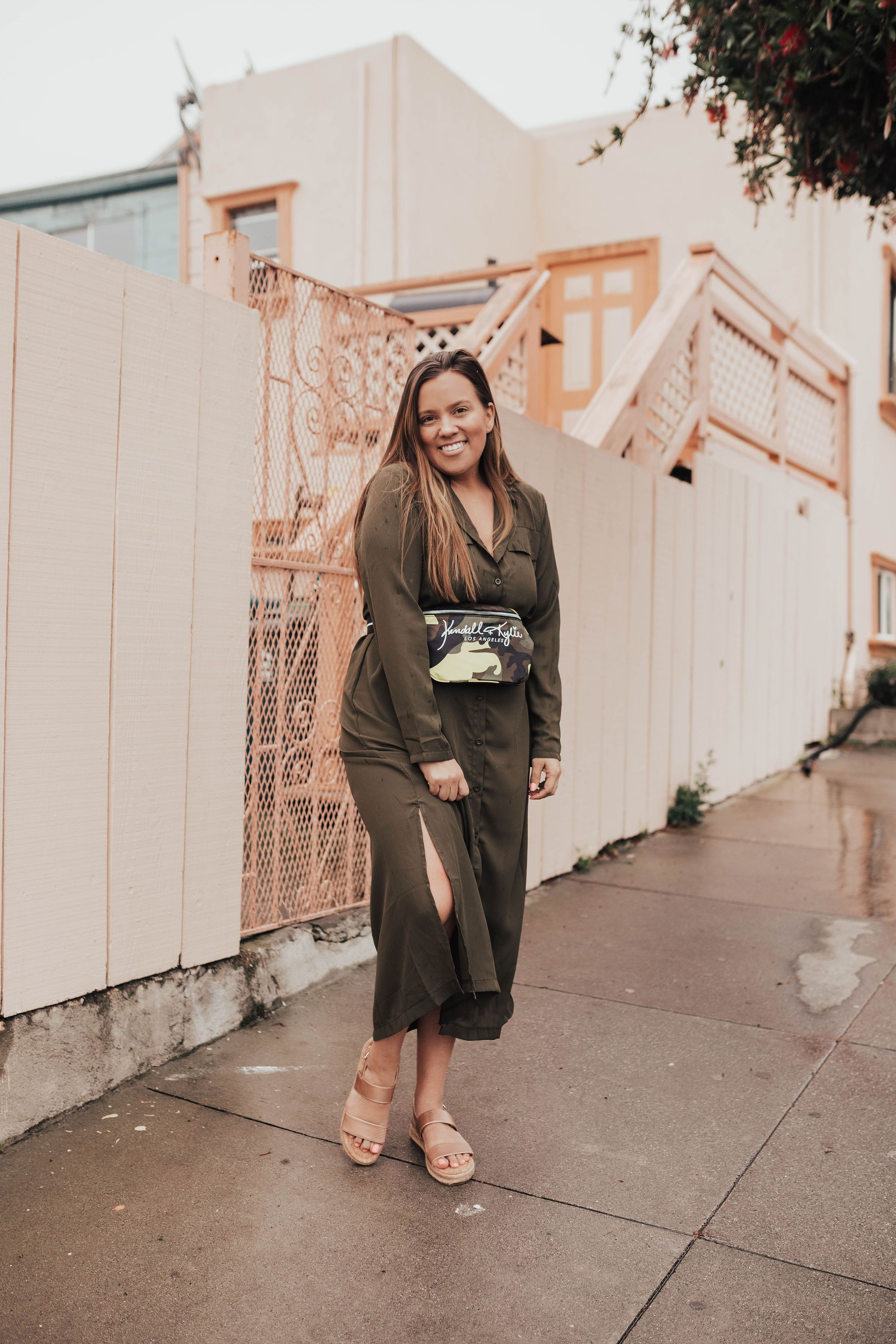 418abcb7f668 San Francisco fashion blogger, Ashley Zeal from Two Peas in a Prada shares  a trendy