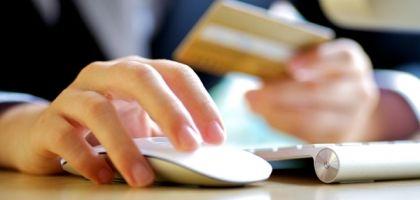 Hišapohištva.si - Spletna trgovina s pohištvom. Preberite zakaj se prodaja pohištva v zadnjih letih iz razstavnih salonov seli na spletne domene! https://www.hisapohistva.si/blog/pohistvo-blog/spletna-trgovina-s-pohistvom