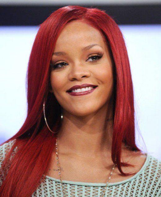 Light Skinned Black Women Celebrities Rihanna Red Hair Burgundy Hair Hair Color Burgundy