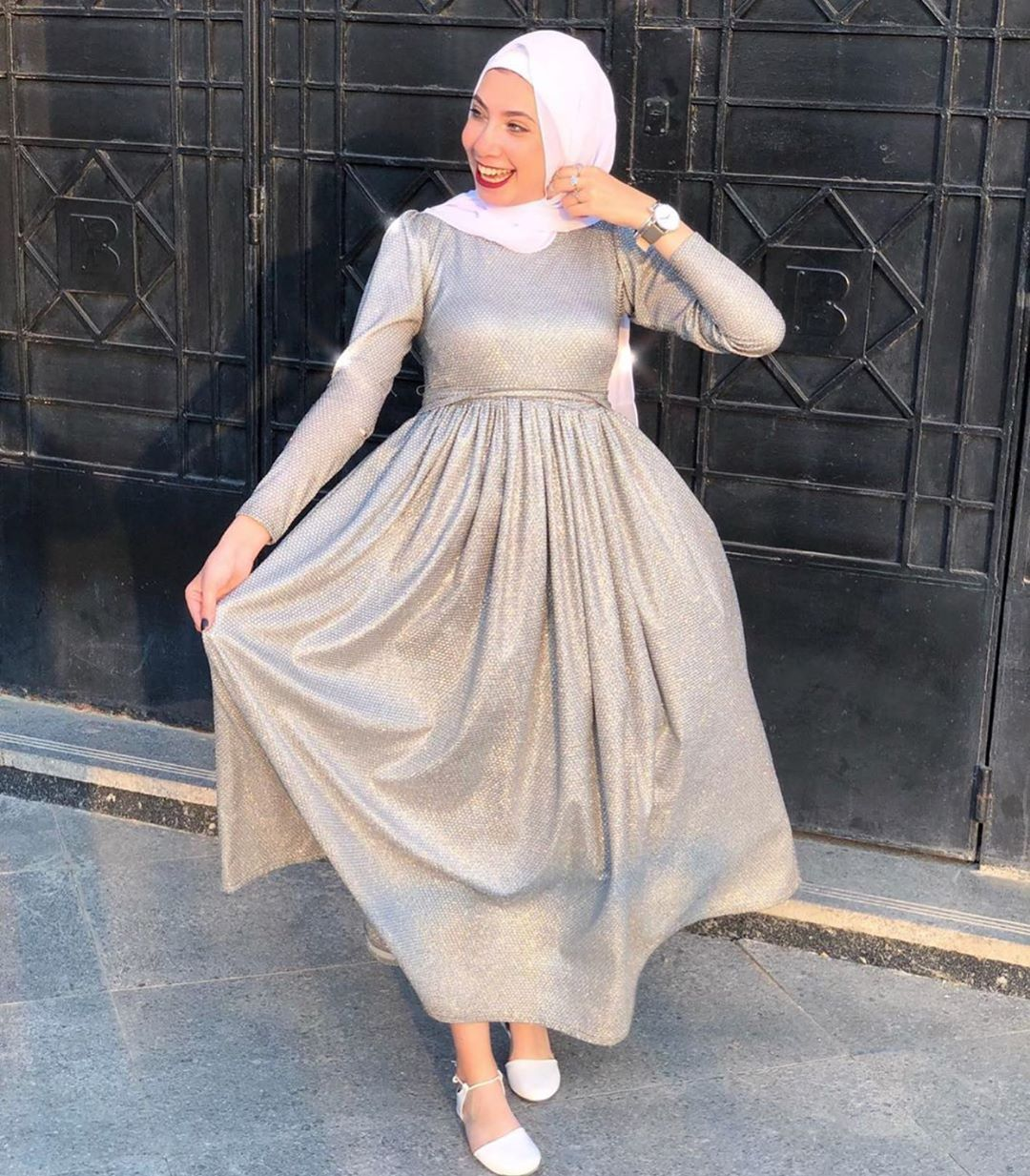 "Photo of 354 Likes, 2 Comments – hijab fashion (@hijabsfashionesta) on Instagram: ""بن…"