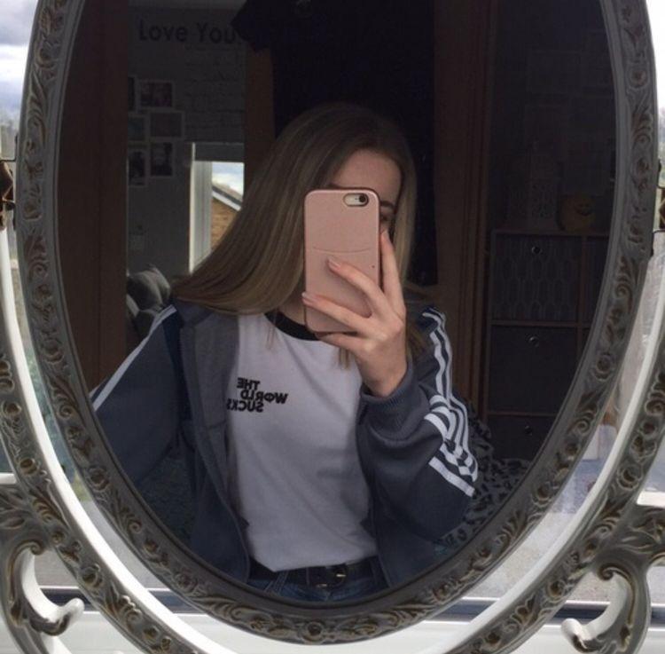 //@xoslump cred - @caløries   Photo profil, Idées de selfie et Idée photo insta
