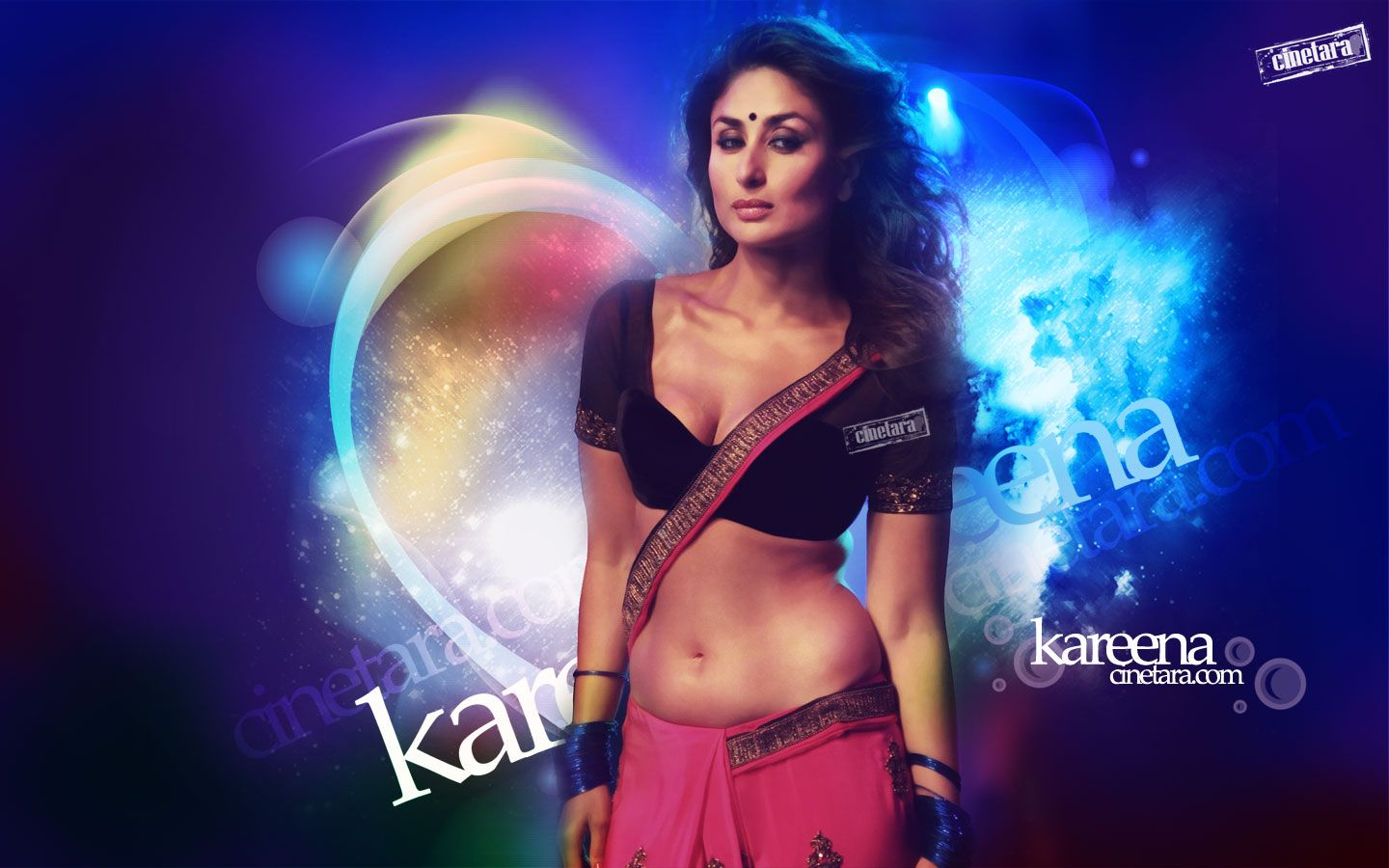 kareena kapoor hot pic from heoine movie, kareena kapoor hot in