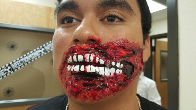 Zombie mouth makeup