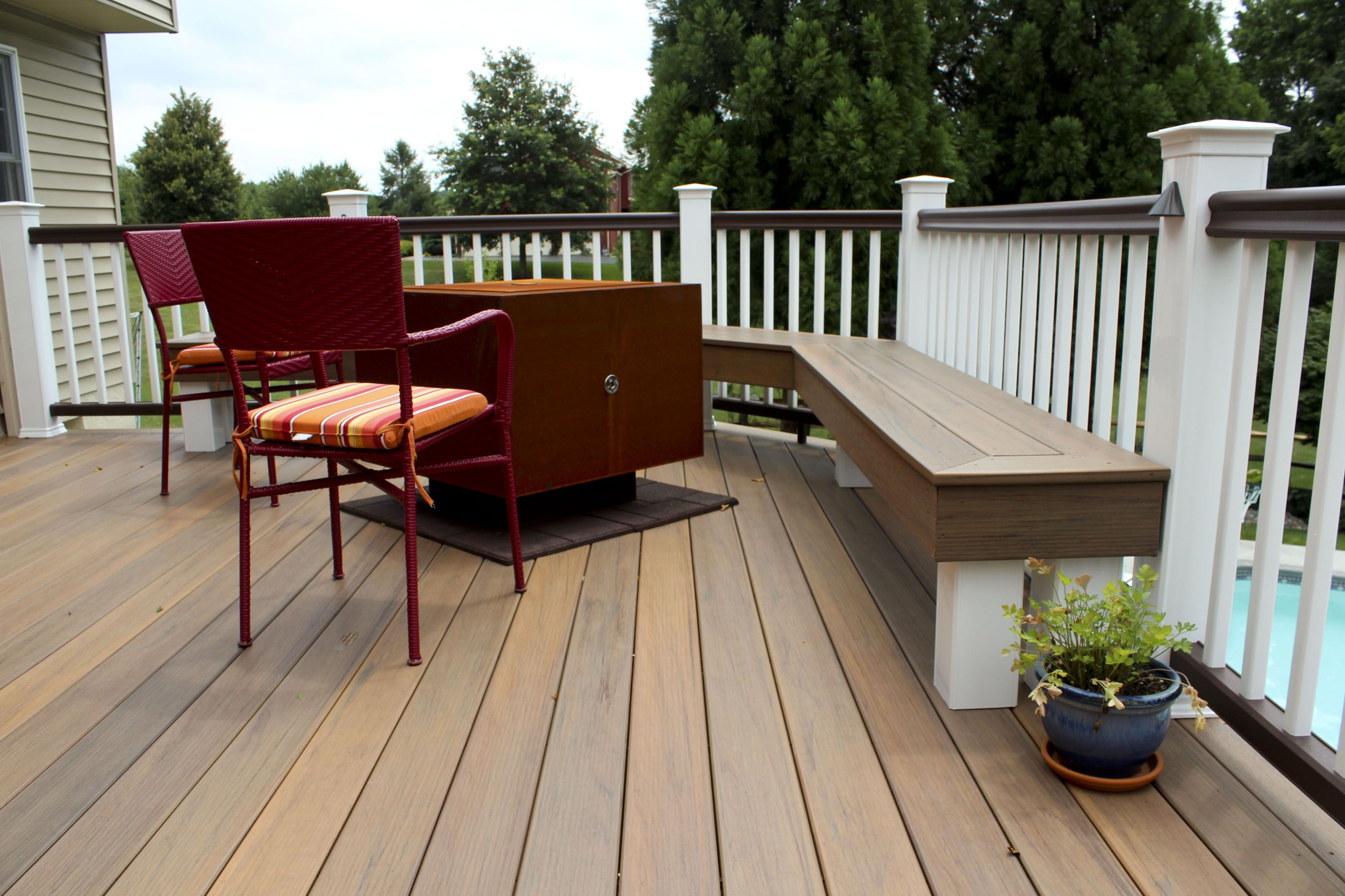Tigerwood Decking and TimberTech Radiance Railing with Traditional