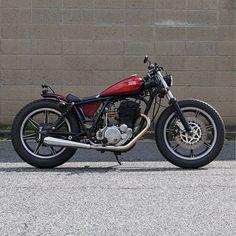 SR400 No 009完成‼️ 今回は、久々のキャンディーレッド  #sr400custom  #sr400009 #heiwamotorcycle  #平和モーターサイクル