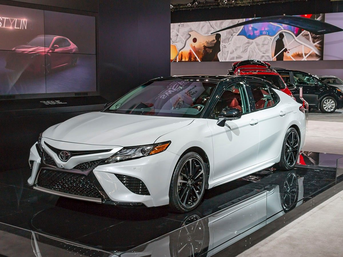 2018 Toyota Camry New Take On An Old Standby Kelley Blue Book This Is Looking Sweeter Than Ever Read About The Upgrades