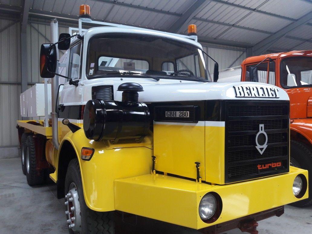 N°23- Berliet GBH 280 6 X 4  Dépanneuse Berliet  1975 / 1986  88852a8d3220bf22505c827c89f89606