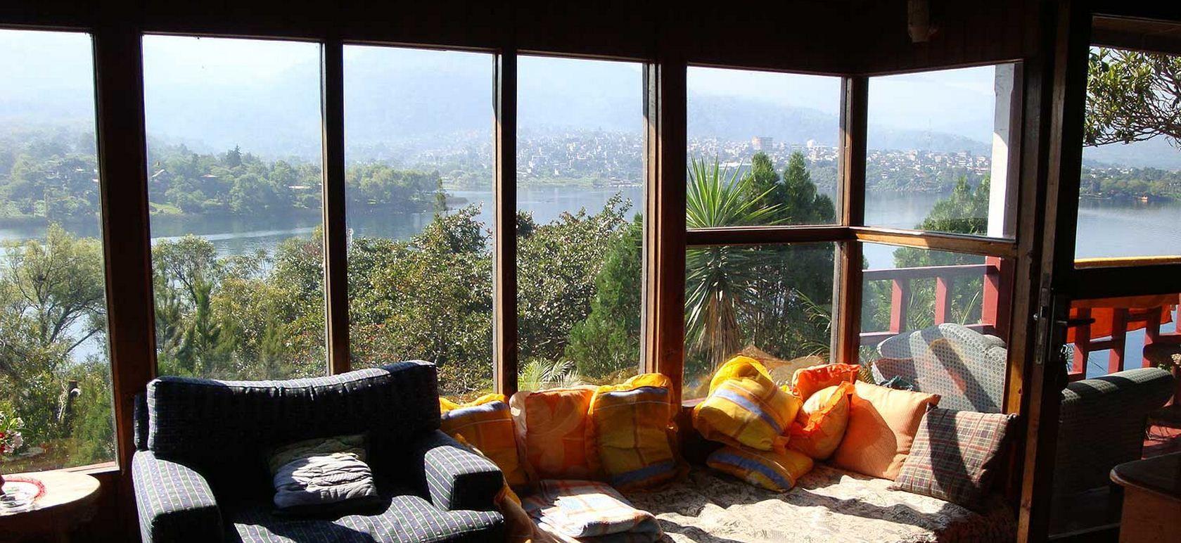 ¿Bungalows escondidos en lago Atitlán?