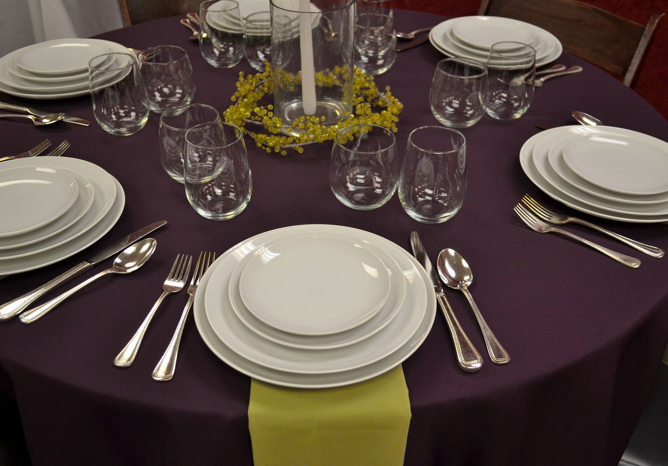 Eggplant Weddings - Pintuck Tablecloth & White Rim Plates