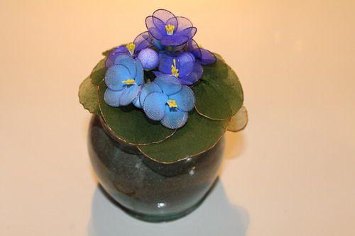 Kaaps viooltje van nylonbloemen