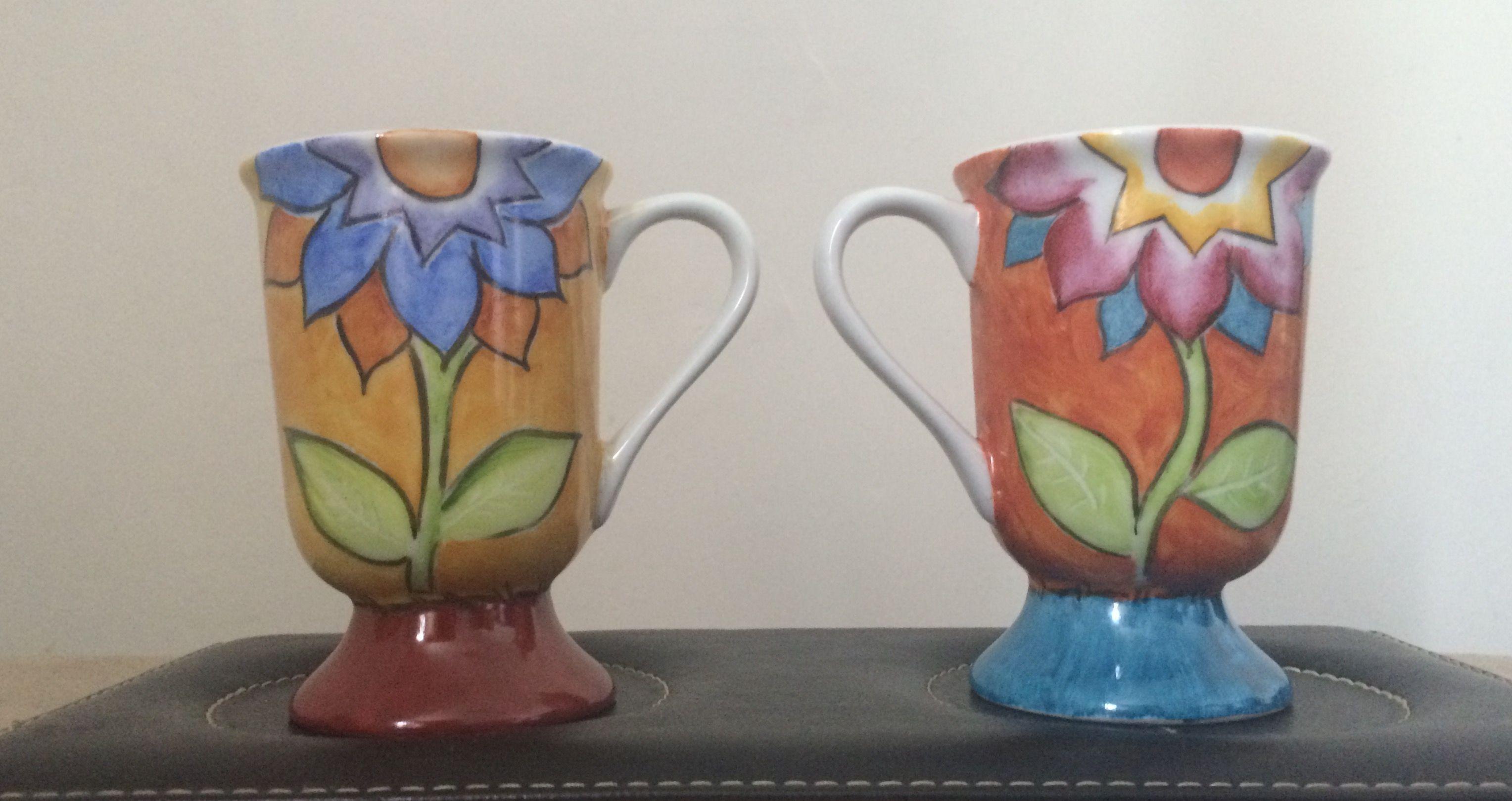 Porcelana pintada à mão por Alcione Ortiga