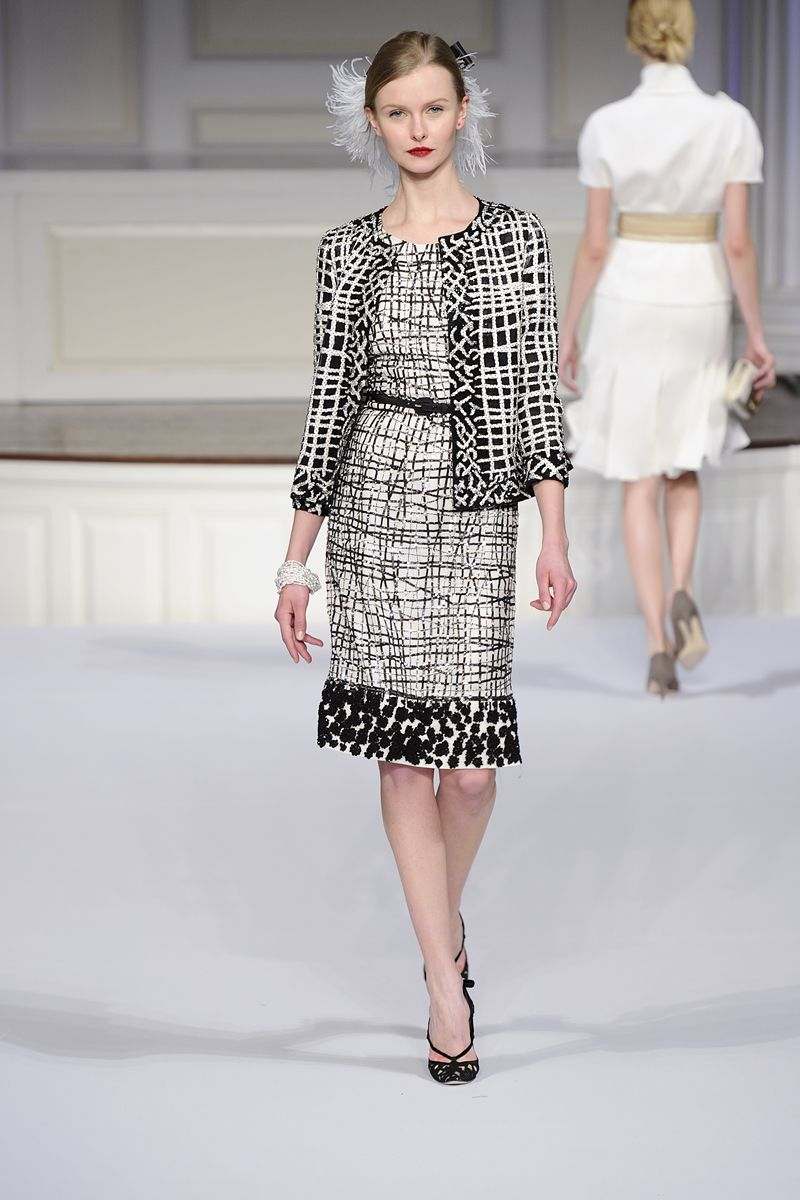 Oscar de la Renta Pre-Fall 2011 - Review - Vogue