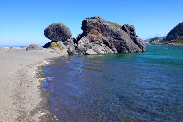 Coastal Wonders Between Gold Beach and Brookings #traveloregon