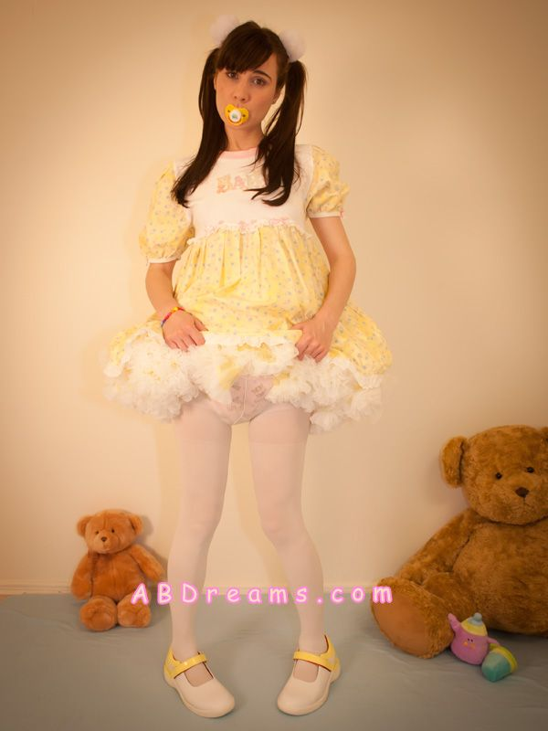 57d54c147e8a1 Adult-baby girl apple with her yellow petticoat thick abdreams.com abdl  diaper petitcoat dress sissy