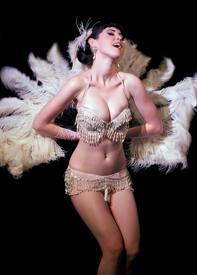 Stripper dancer honeysuckle devine