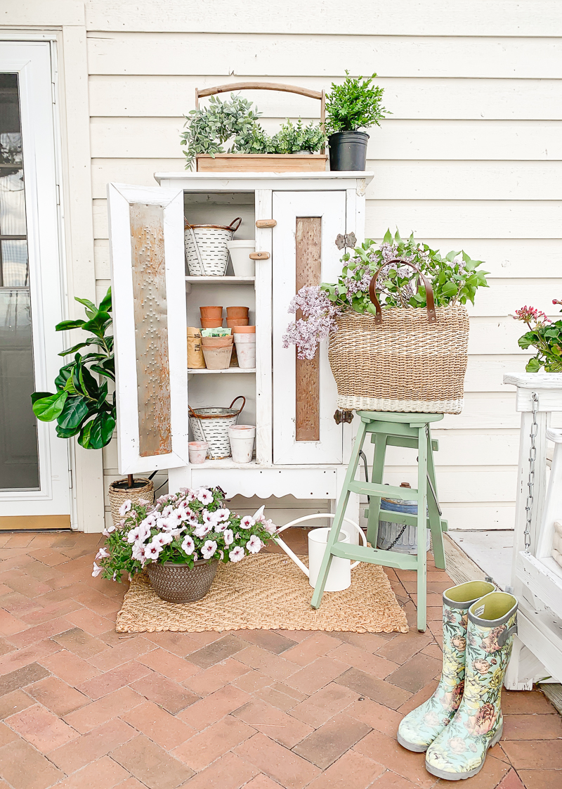 Outdoor Garden Storage Cabinet