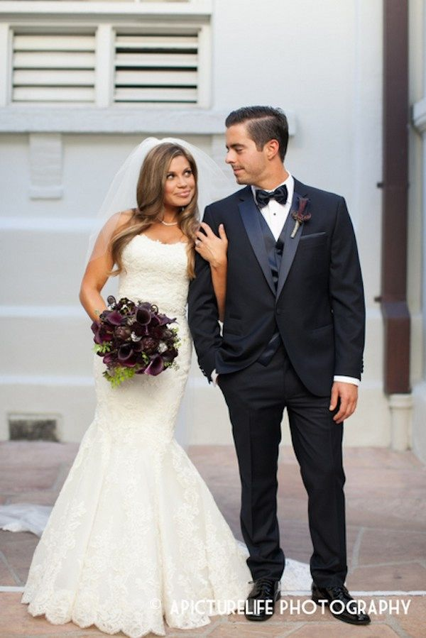 Danielle Fishel And Tim Belusko S Candlelit Wedding Purple