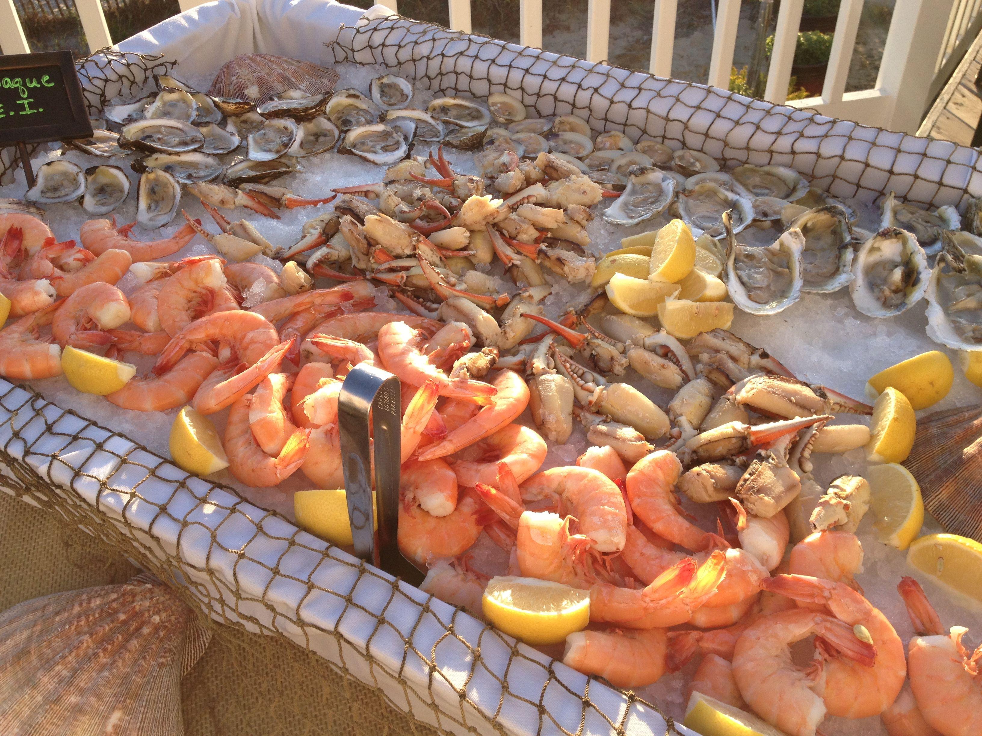 Big Fish Raw Bar @ 1300 S. Ocean Dr | Wedding Food Ideas - Elevee ...