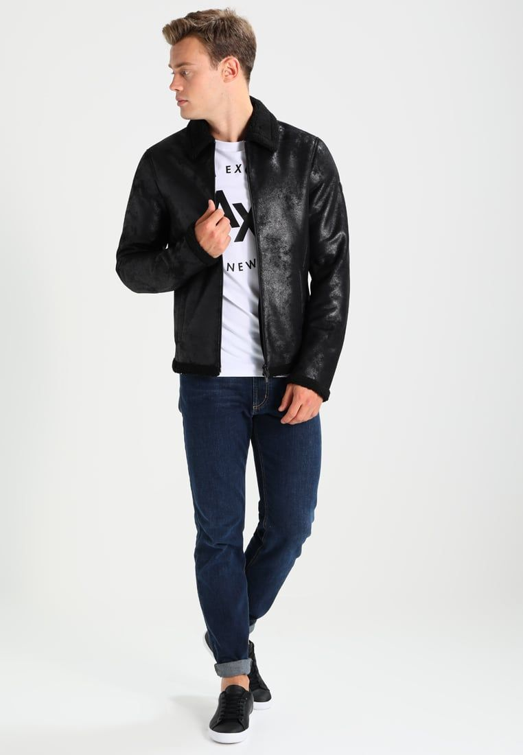 e7893ecd651 ¡Consigue este tipo de chaqueta de cuero de Armani Exchange ahora! Haz clic  para