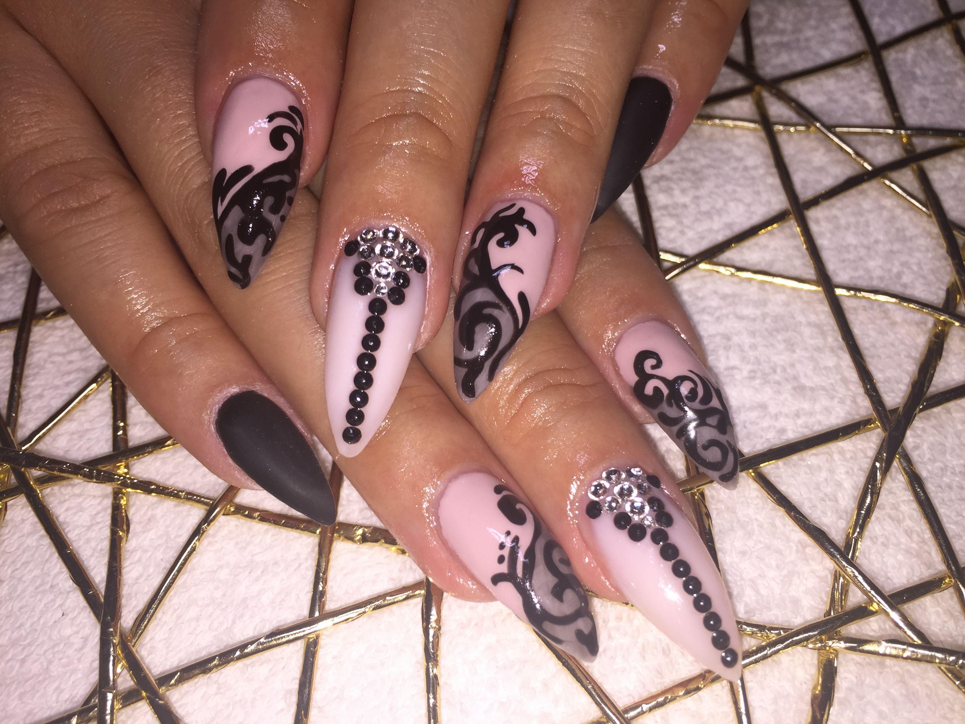 Pin By Ruth Landeta On Uas Pinterest Nail Inspo Art Nails And