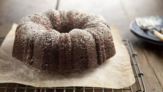 Paula deens chocolate sour cream pound cake in a new light food paula deen food network best dishes diabetes recipe forumfinder Image collections