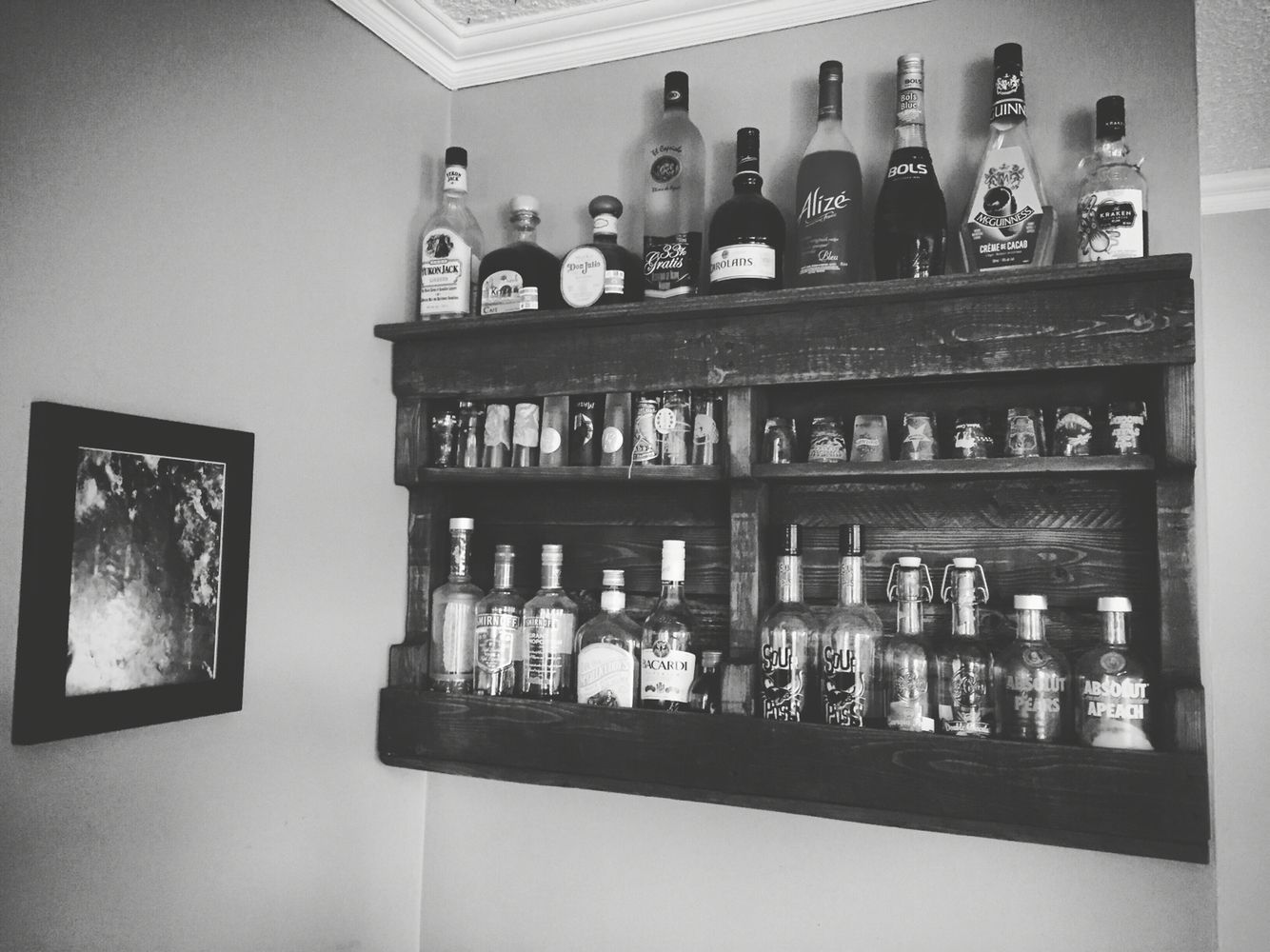 DIY pallet liquor shelf | Crafty Ideas For the Home in 2019