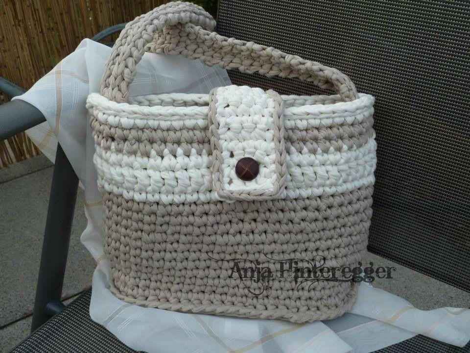 meine erste tasche aus textilgarn crochet h keln. Black Bedroom Furniture Sets. Home Design Ideas