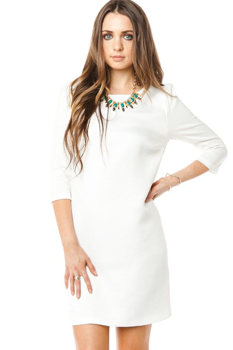 Pair This White Shift Dress With A Gold Necklace Perfect For Fall Game Days Dress Em In White And Gold Dresses White Shift Dresses Dress Outfits [ 1200 x 800 Pixel ]