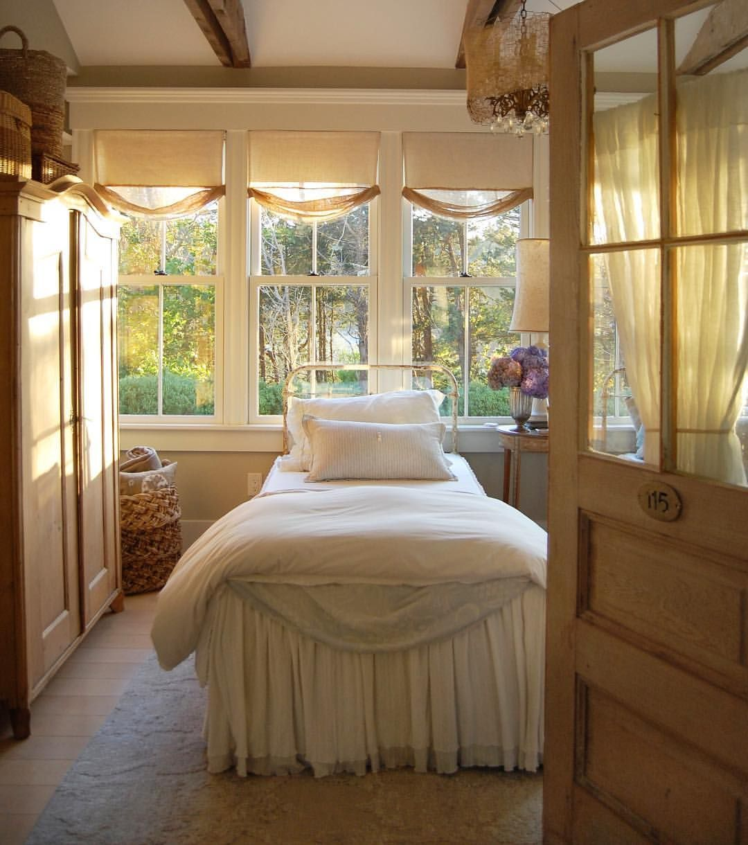 Pin By Delinda Pacheco On Beautiful Bedrooms