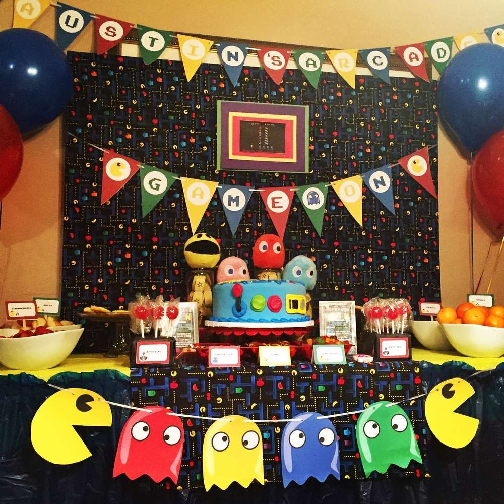 Pac man birthday party ideas pac man party men party for Decoracion gamer
