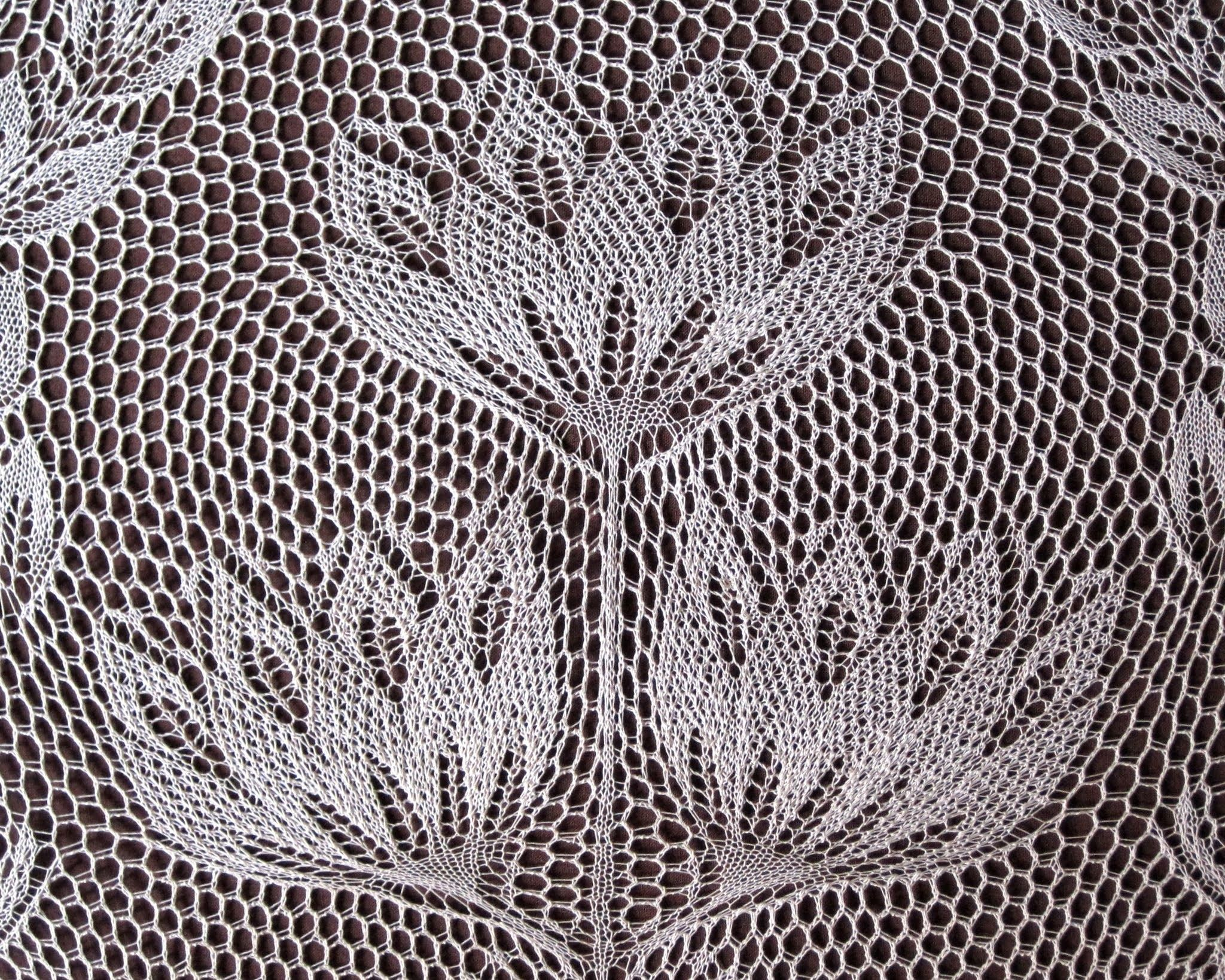 Roswitha, doily by Herbert Niebling. | Niebling | Doilies ...