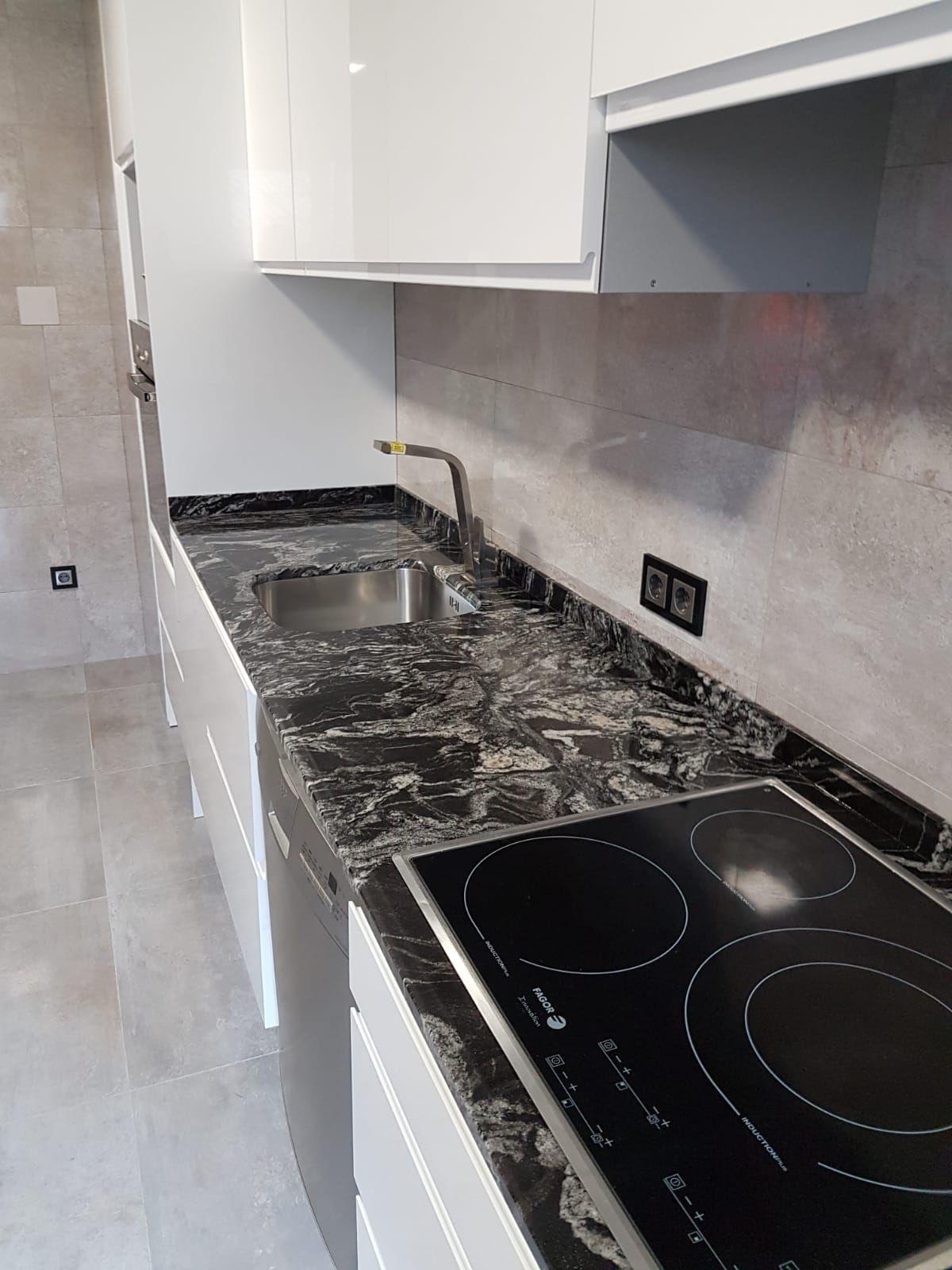 Granito Black Forest Cocinas Marmol