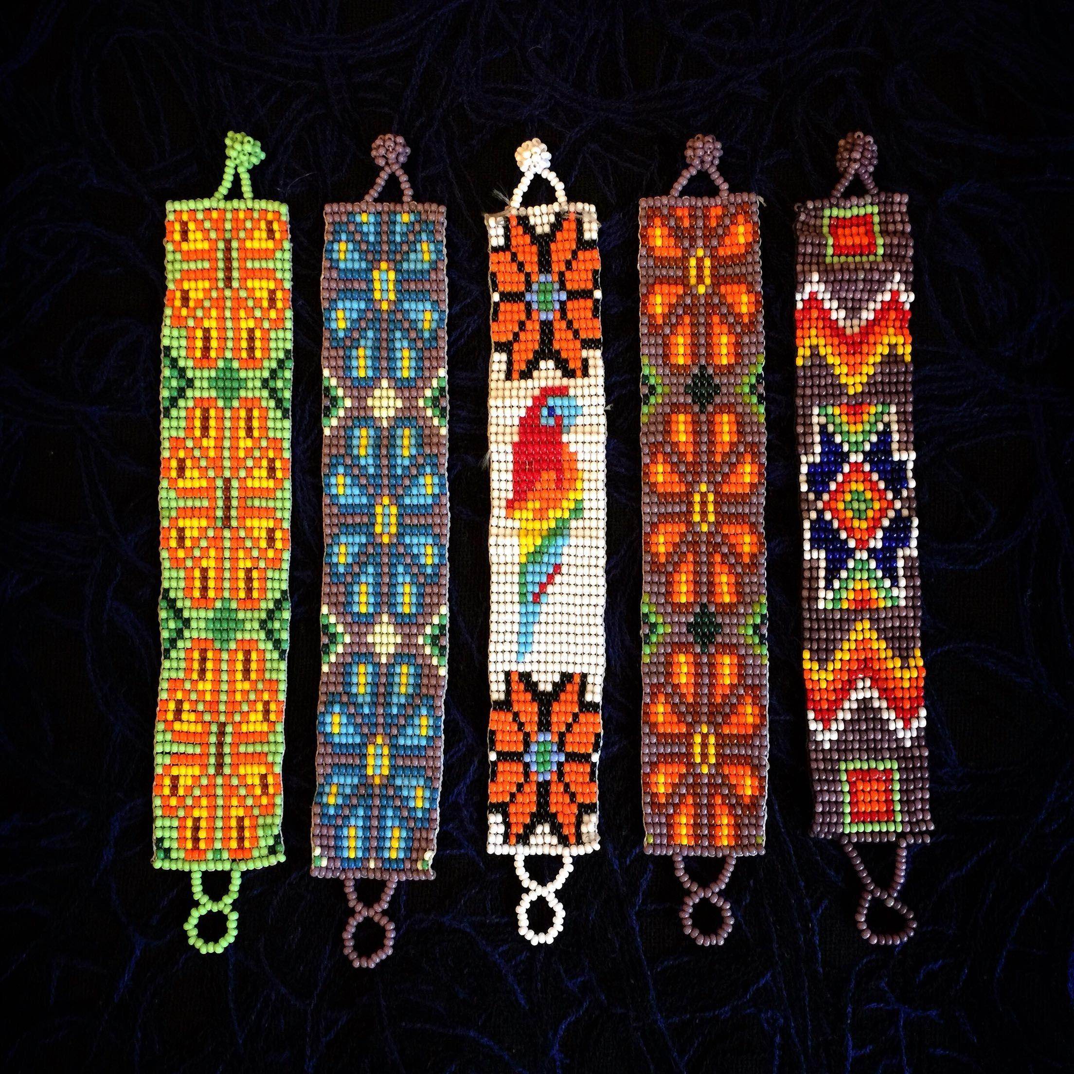 國內現貨 墨西哥Huichol土著印第安手工串珠細版手鏈 五款-淘寶網全球站 | Pulseras, Pulseras de chaquira y Pulseras y ...