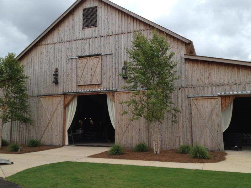 Rustic Chic Barn Wedding Venues in Georgia | Barn wedding ...