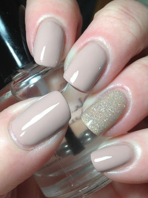 Dnd 487 Fairy Dream With Kbshimmer Hint Of Manila Accent Boutique Nails Lipstick Nails Dnd Gel Nail Polish