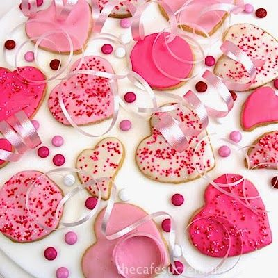 Valentine Shortbread Cookies - thecafesucrefarine.com