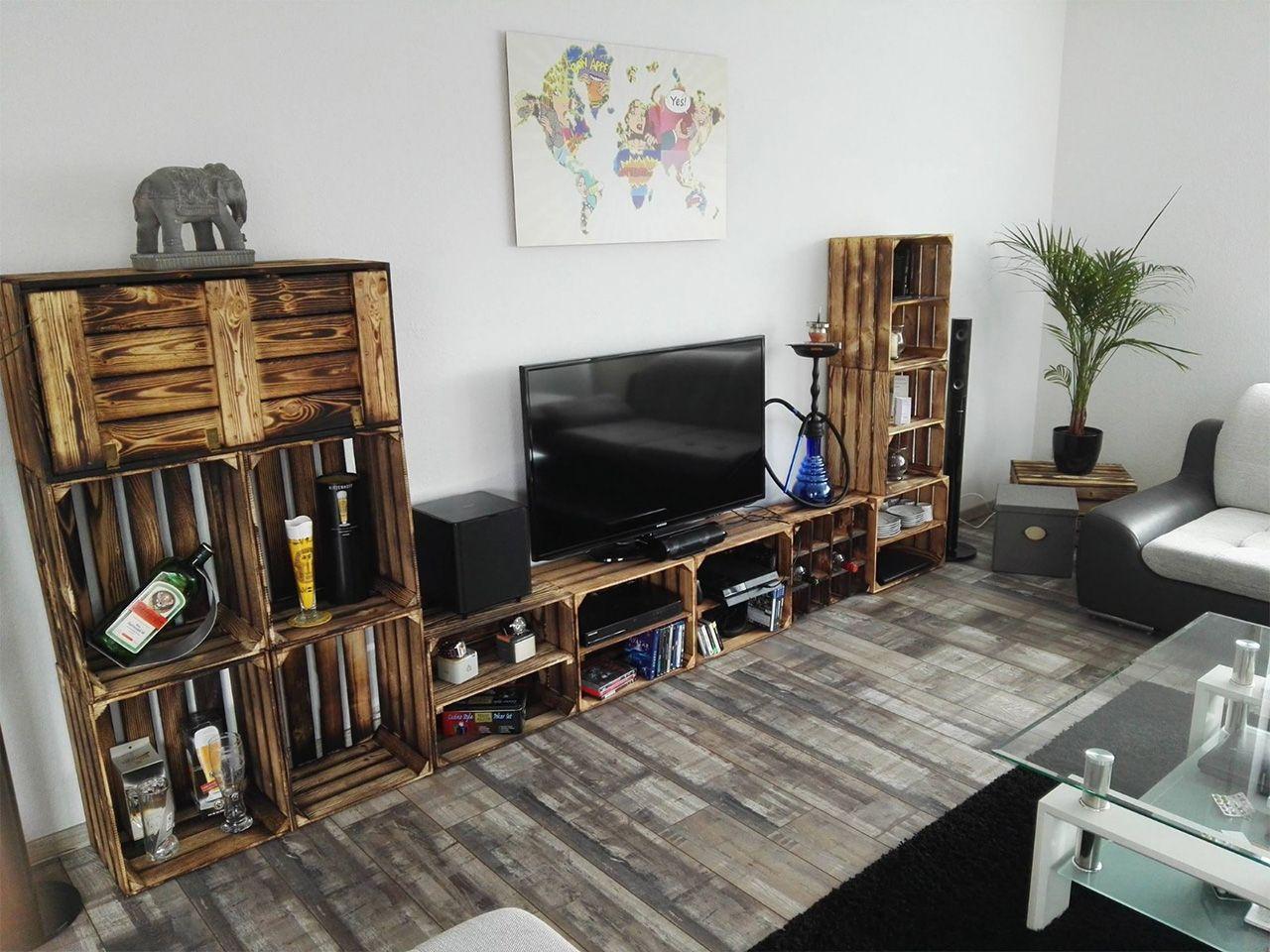 Wohnwand aus geflammten Kisten + Minibar  Obstkisten möbel, Diy