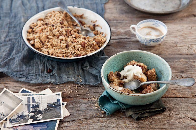 || nutty hazelnut + almond pear crumble with elderflower cream