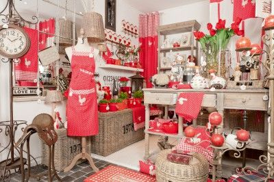 d co poule rouge d co printemps et 2014 lilie rose d co cosy pinterest poule rouge et futur. Black Bedroom Furniture Sets. Home Design Ideas