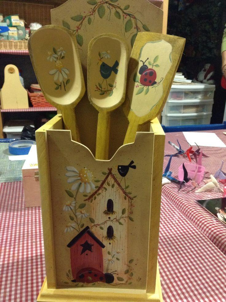 Porta cucharones de madera buscar con google country for Porta cucharas cocina