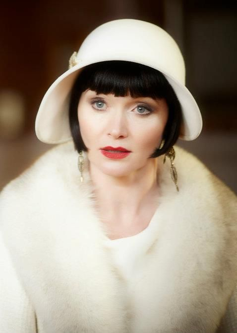 c97308b3a9afe Miss Fisher s Murder Mysteries.1920 s inspired glam...I love this hat!