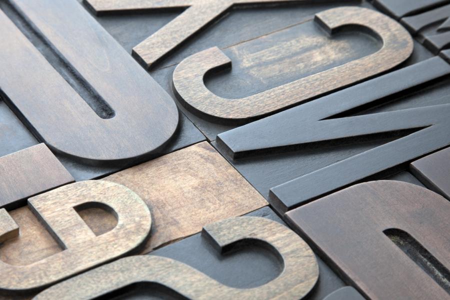 Graphic design - Creatie si pregatire lucrari pentri tipar sau print: www.hellodigital.ro