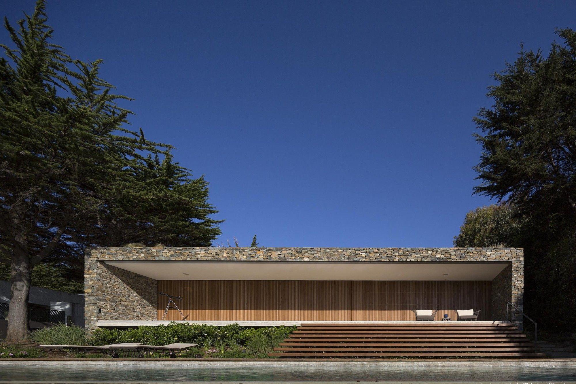 Open layout house concept by studio mk27 - Gallery Of Rocas House Studio Mk27 57studio 4