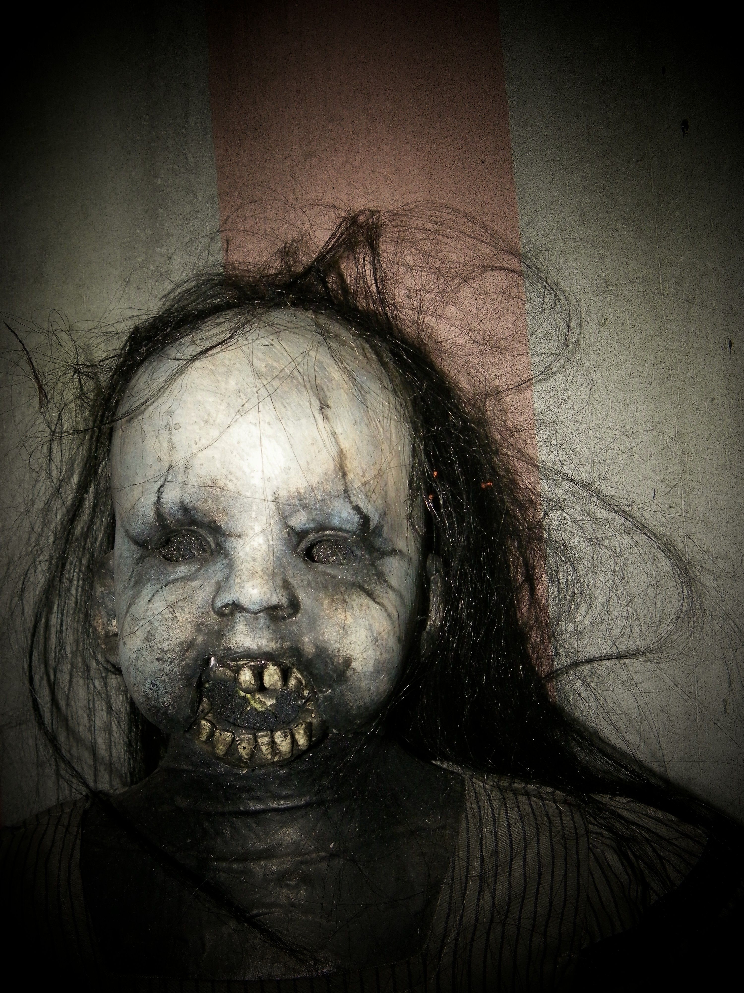 scary doll for halloween | Life Size Creepy deadly Scary ... Creepy Scary