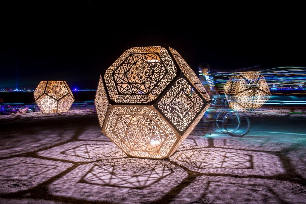 Interview: Artists Explain How Burning Man's Iconic Geometric Light Installations Came About #lightartinstallation
