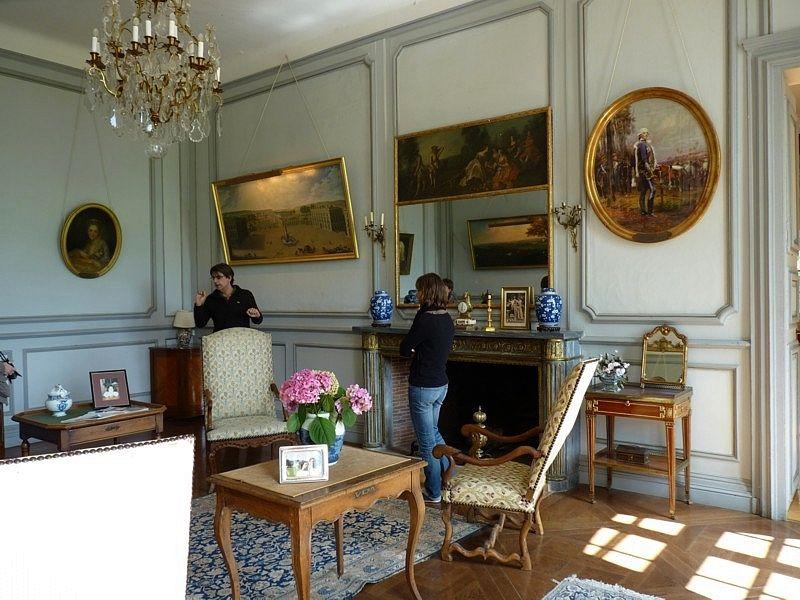 Decouvrir La Moselle Le Chateau De Pange Chateau Decoration Interieure Mobilier De Salon
