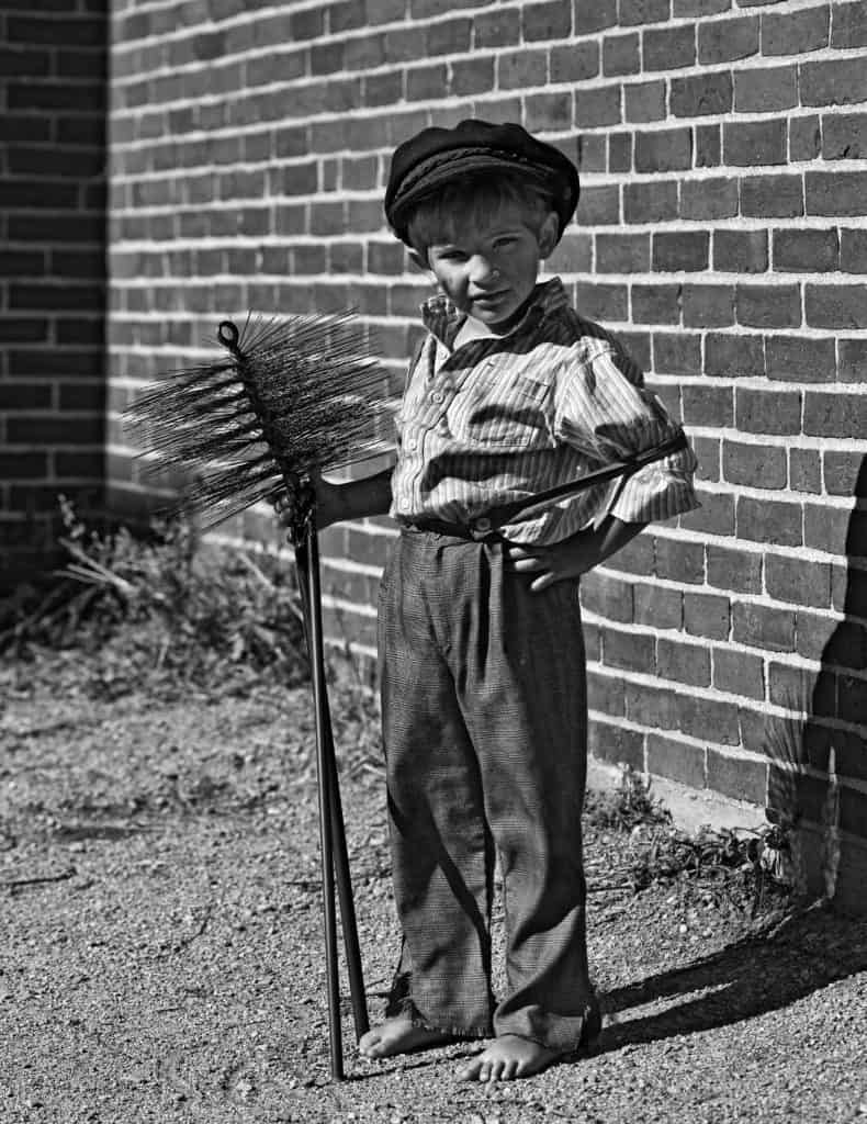 Worst Jobs During The Victorian Era Why Did We Used To Have Chimney Sweeps Fun Kids The Uk S Children S Radio Stati Chimney Sweep Victorian Victorian Era
