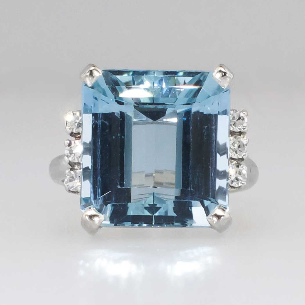 Glamorous 10.26ct t.w. 1940's Emerald Cut Aquamarine & Diamond Ring 18k | Antique & Estate Jewelry | Jewelry Finds