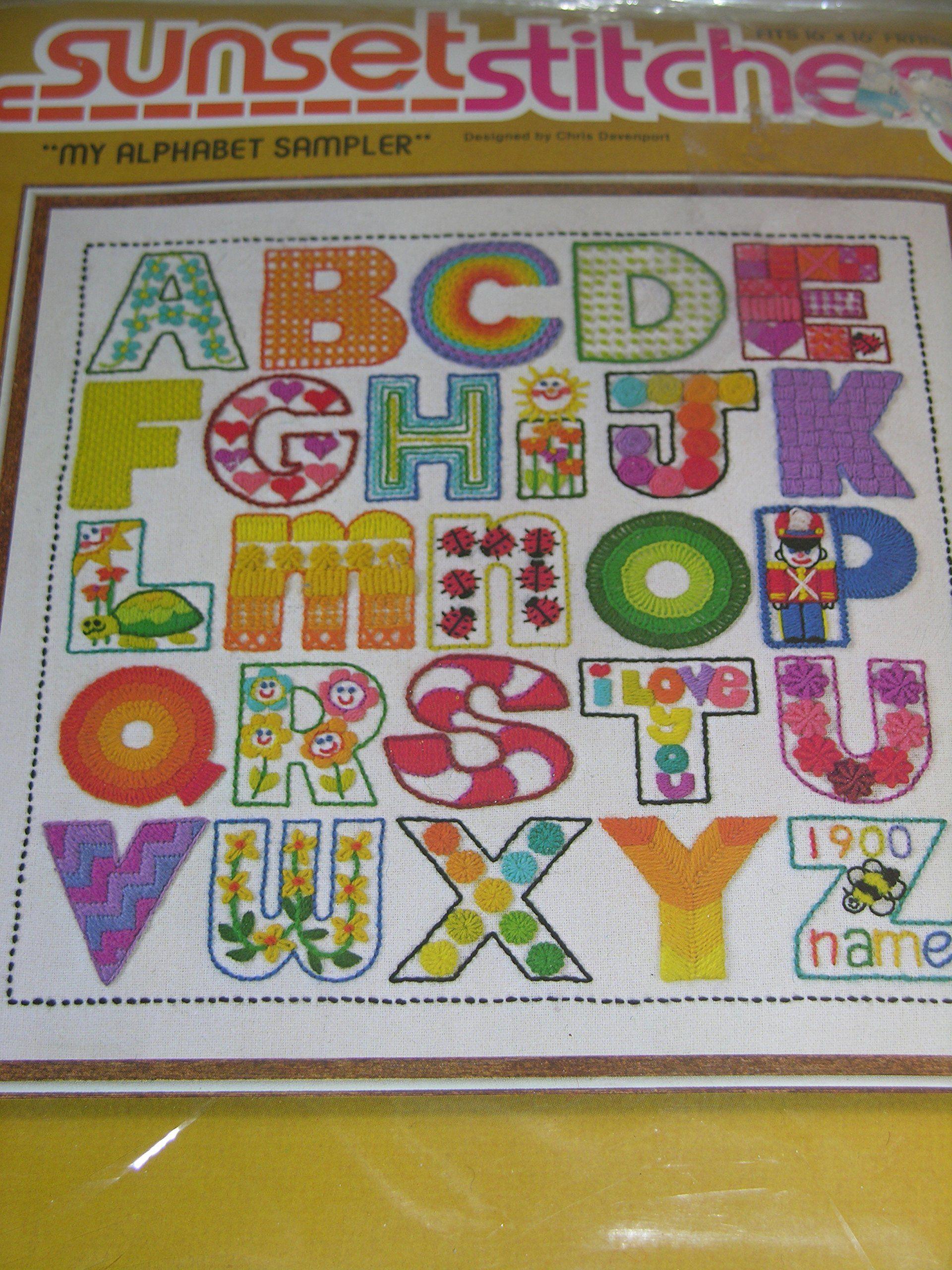 CHRISTMAS WREATH FANTASY Sunset Stitchery Crewel Embroidery Kit Vtg 1979